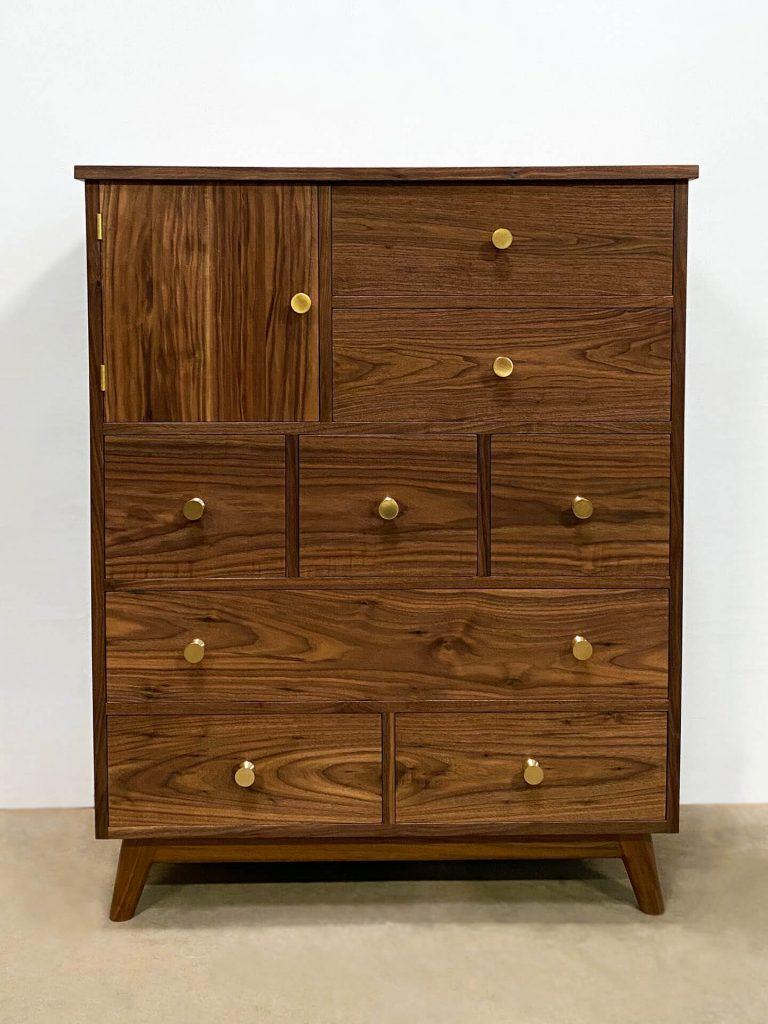 Eagle Rock Dresser